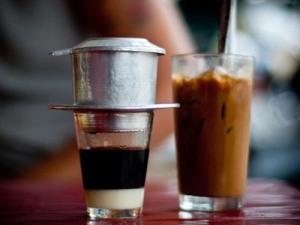 vietnamese drip coffee tools courtesy saigonamthucDOTthanhnienDOTcomDOTvn